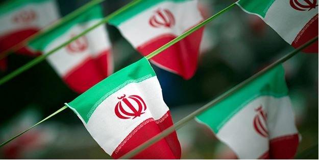 İrandan Fransanın Balistik Füze Programı Çağrısına Ret!