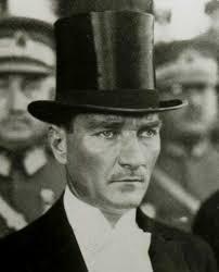 Atatürk Neden Cuma Hutbelerinde Yok Diyenlere Fatih Tezcandan Yakın Tarih Dersi: Camide Bunları Duymaya Hazır Mısınız?